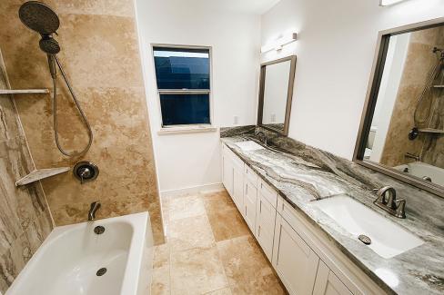 Bathroom - Ewa